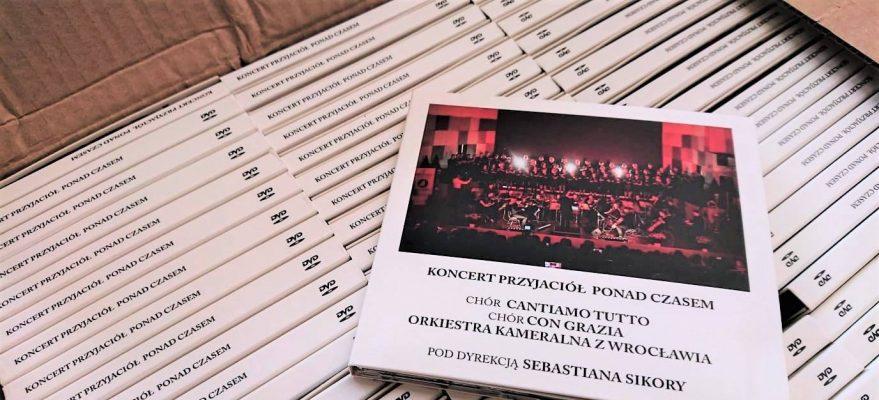 """""""KONCERT PRZYJACIÓŁ PONAD CZASEM""""- DVD"""